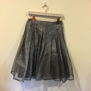 Kay Unger gray sparkle pleated skirt